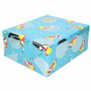 Inpakpapier/cadeaupapier blauw vos met masker 200 x 70 cm op rol