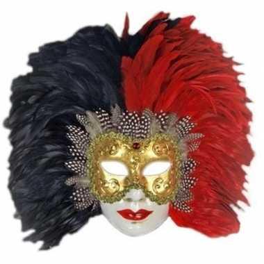 Rode en zwarte veren masker handgemaakt